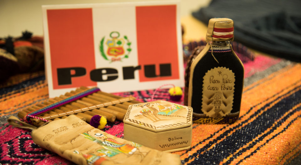 Traditional artifacts from Peru are showcased in J-Term class.