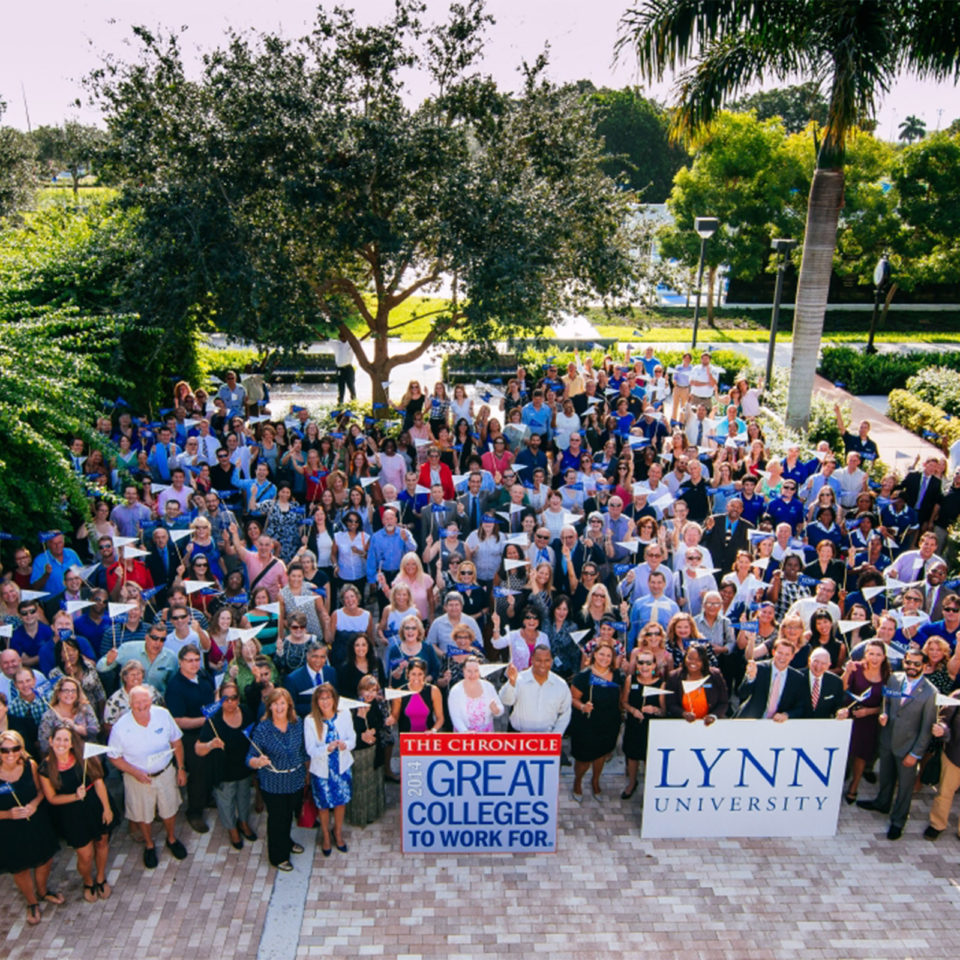 Faculty and staff show their support for Lynn.