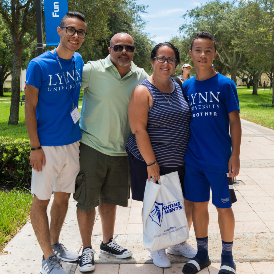 Family poses with their first-year Lynn student.