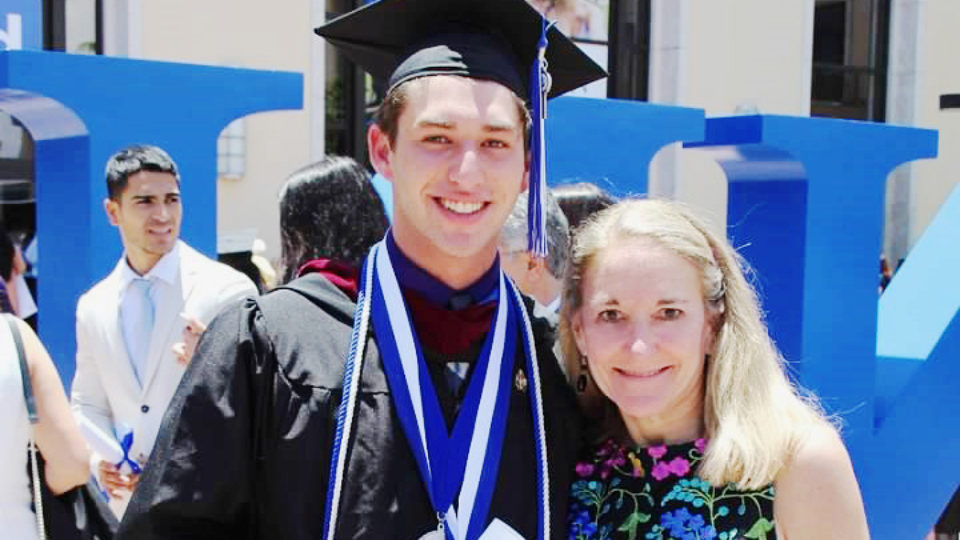 Dr. Cindy Kistenberg poses with her son, David Czarlinsky, at commencement